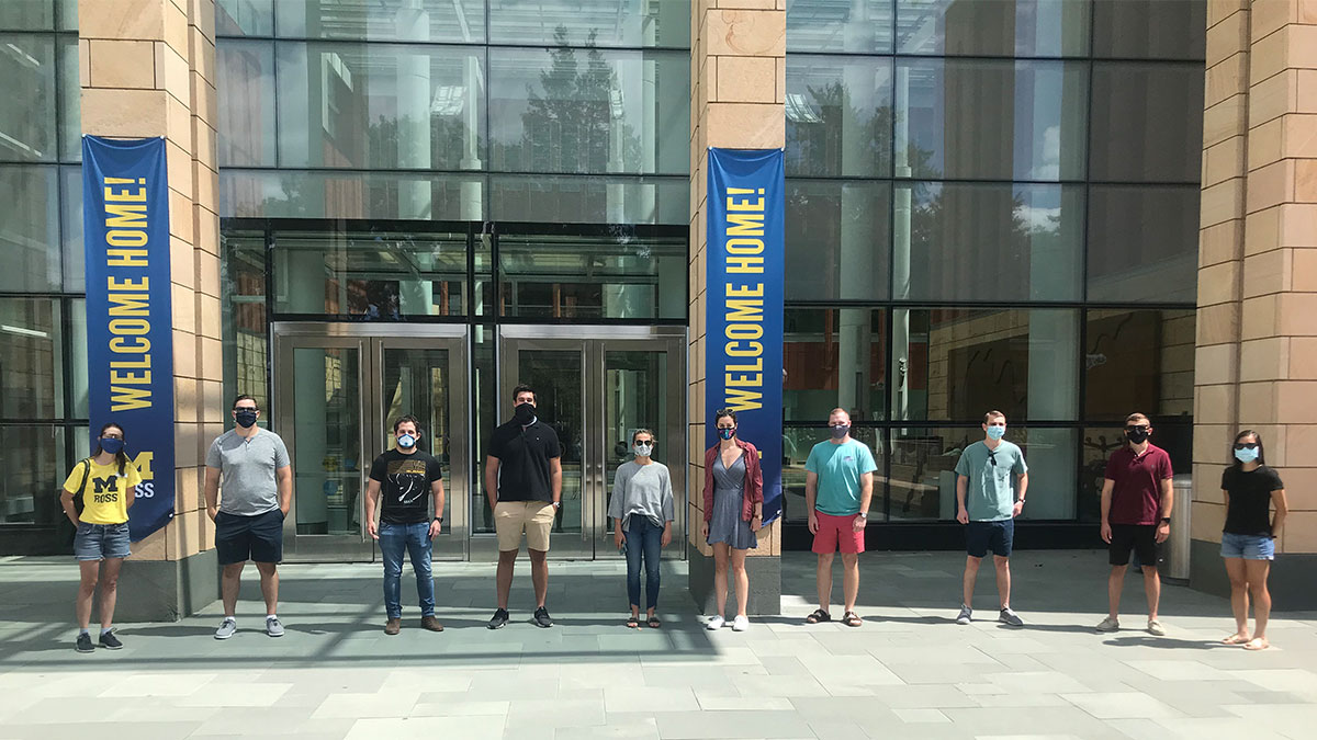 Umich Calendar 2022.Introducing The Michigan Ross Full Time Mba Class Of 2022 Including 49 First Generation College Students Record Percentage Of Veterans Michigan Ross