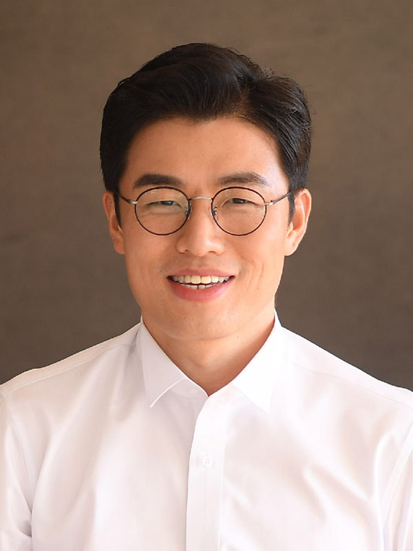 David Myeongho Lee
